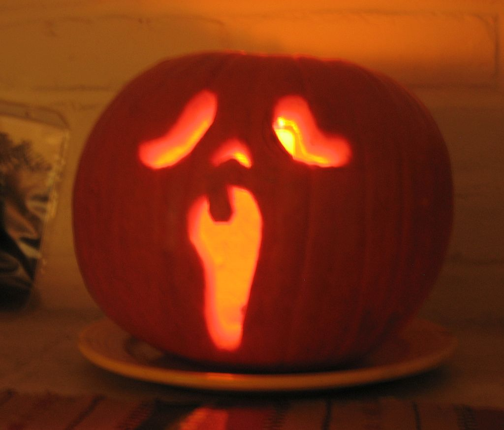 scream-pumpkin.jpg