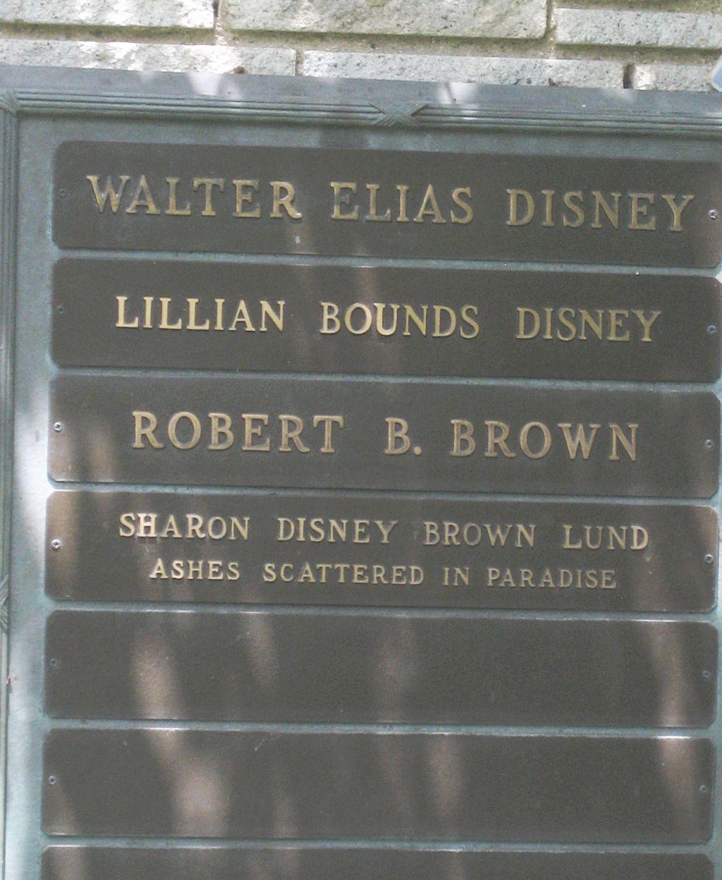 walt-disney-grave-marker-2013.jpg