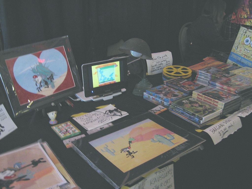 display-table-ctn-ex-3.jpg